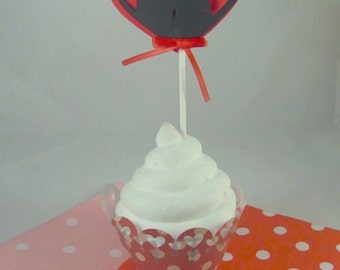 Kiss Silhouette with Red Heart Cupcake Toppers