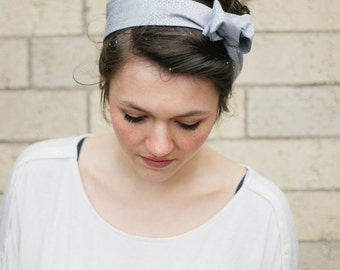 Metallic Silver Dolly Bow, Grey with Silver Dots Wire Headband Teen Woman