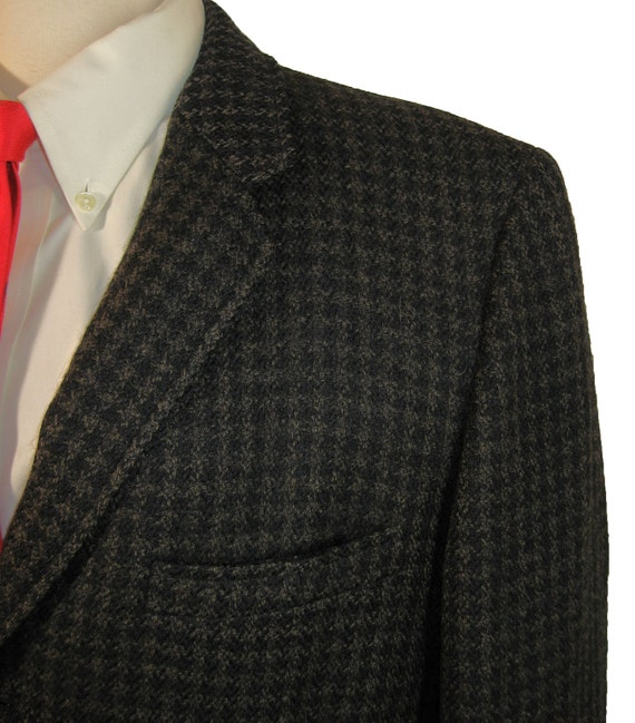 1950s early 1960s Houndstooth Check Sport Coat Action Back  Narrow Lapel  Chest 44
