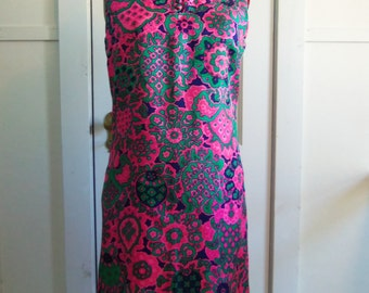 Pink & Green Patterned Silk Sleeveless Shift / 1960s / medium