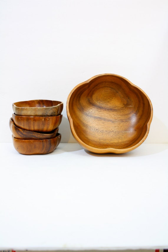 Vintage large wood flower bowls set