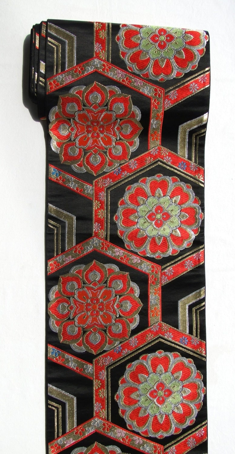 vintage japanese obi table runner wall hanging gold black. Black Bedroom Furniture Sets. Home Design Ideas