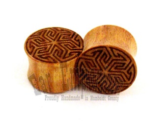 "Maze of Life Canary Wooden Plugs PAIR 00g (9mm) (10 mm) 7/16"" (11mm) 1/2"" (13mm) 9/16"" (14mm) 5/8"" (16 mm) 3/4"" (19mm) Wood Ear Gauges"