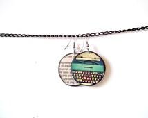 Typewriter earrings, paper jewelry, eco friendly book jewelry, writer jewelry, vintage look, writer earrings, mint earrings, mint typewriter