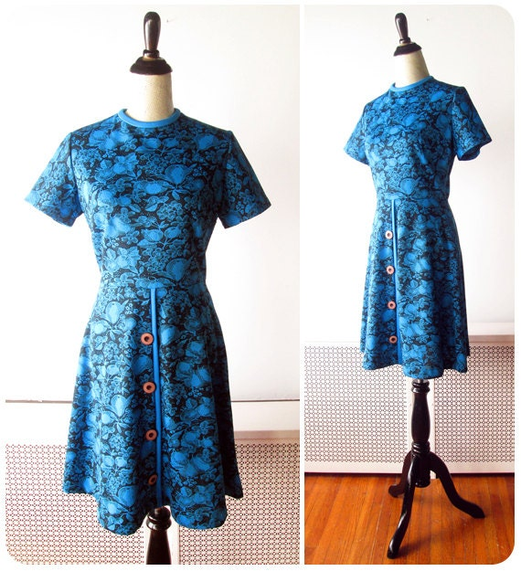 1960s Mini Dress // Black and Bright Blue 1960s Mod Mini Dress with Chunky Buttons.
