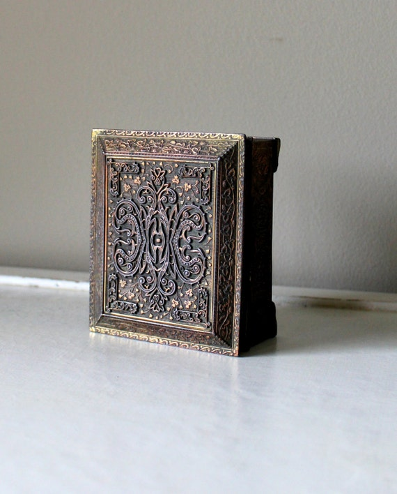 Vintage Jewelry Box Storage Brass Trinket Japan Storage Ornate Decorative Floral Metal Gold Tone