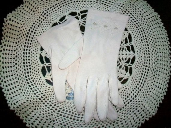 Vintage 50s Womens Gloves Jackie Kennedy Style