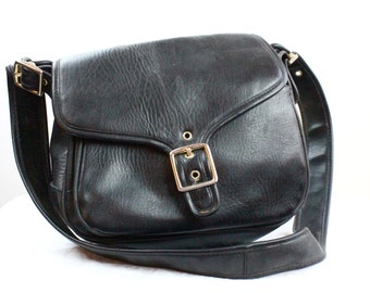 Vintage 1980's Black Saddle Handbag