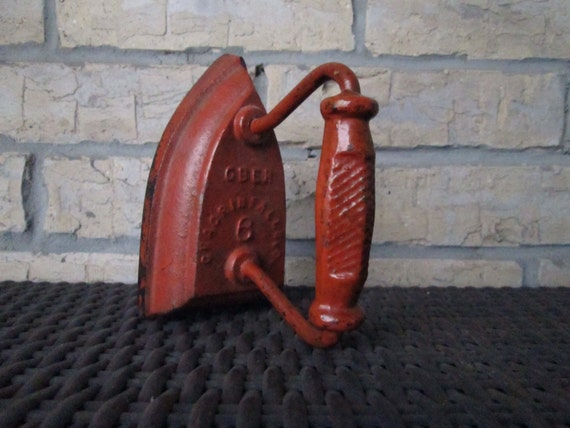 Antique Ober Sad Iron No 6 Unique Red Color Cast Clothes Iron