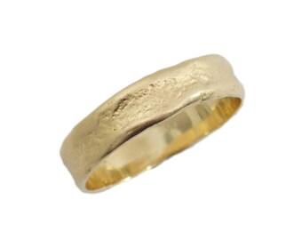 Men gold ring. 14k matte gold Hand Molded wedding band. Natural design wedding ring. Unisex wedding band. Yellow gold ring  (gr-9316-1493)