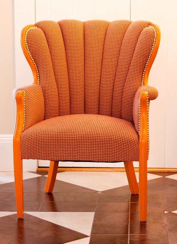 Tufted Scalloped Wingback Chair In Gold Purple And Orange