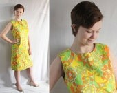 60s Dress / Mod / Mad Men / Psychelic / Flower Power / Shift Dress / Green