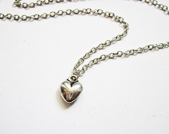 Tiny Heart Necklace, Silver Heart Necklace, Heart Jewelry Necklace, shiny Heart Charm Necklace, Heart pendant Necklace, mother necklace