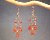 Pink spinel, carnelian on hammered curled earrings Gypsy 62