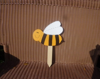 Bee wooden yard art stake sign