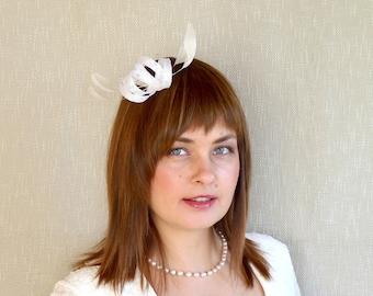 White Bridal Fascinator - Minimalist Fascinator - Bridesmaid Fascinator