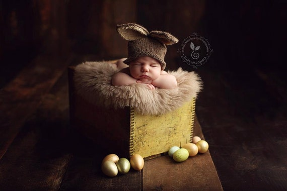 Brown Baby Bunny Hat, Photo Prop,  Knitted, Newborn, MADE TO ORDER