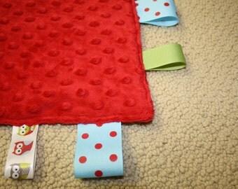Sensory Ribbon Tag Blanket in Red Minkie