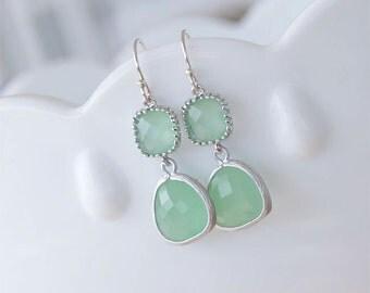 Mint Green Earrings in Silver - Mint Earrings - Mint Bridesmaid Earrings - Mint Seafoam Wedding Jewelry, Beach Wedding, Bridesmaid Jewelry