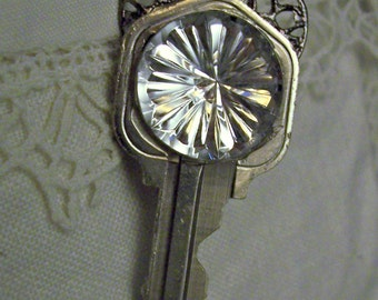 Silver Filigree Key