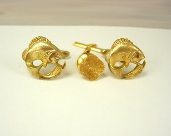 Vintage Jumping Fish bass Cufflinks Bonus Tie Tack Bass Trout  Fisherman Fathers Day Golden Birthday Signed Hickok USA