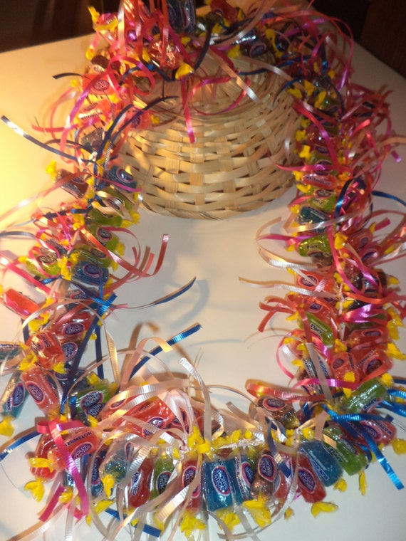 Lei Can Be Made With Construction Paper Yarn Solid: Jolly Party Candy Lei By YanniesGivahLei On Etsy