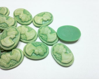 4PCS Two-Tone Green Vintage Style Resin Cameo Cabochon 18x13mm