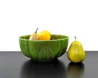 Vintage Green Bowl or Planter, Haeger Bowl, Green Planter, Olive Green Bowl, Fruit Bowl, Ceramic Bowl, Vintage Kitchen, Leaf Bowl