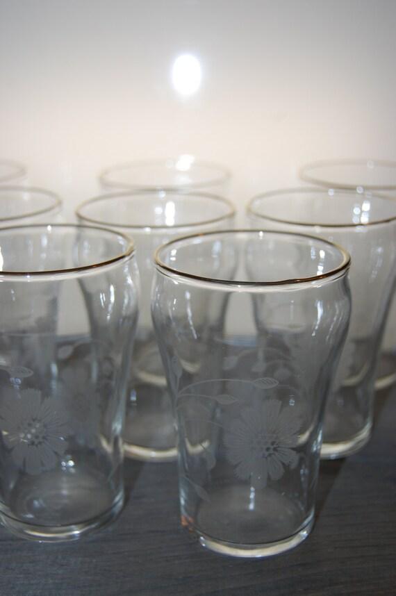 Set of 8 Vintage Etched Glass Flower Juice Glasses Gold Trim
