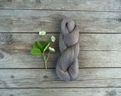 Linen Yarn - Natural dark grey linen thread