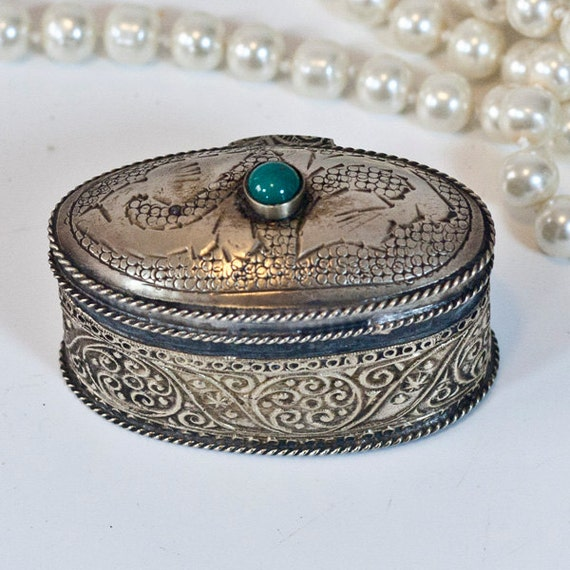 Antique Moroccan Jewelry Box Tiny Ring Jewelry Box Metal