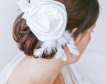 Hairflower, hairaccessory, bridal headpiece, wedding headpiece, hairpin, made of honor hairaccessory