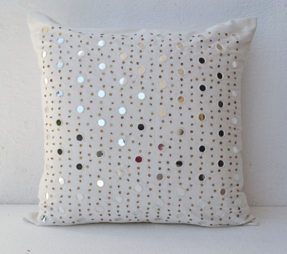 Items Similar To Decorative Throw Pillows Silk White