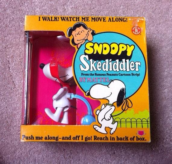 NRFB Mattel 1968 Snoopy  skediddler / skediddle check out my shop page for current specials