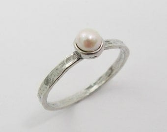 Sterling silver pearl ring. Pearl silver ring. birthday gift mom sister wife, gift ideas, pearl jewelry