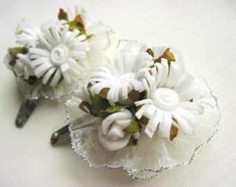White Daisy and Rose Flower Bobby Pin Set 2