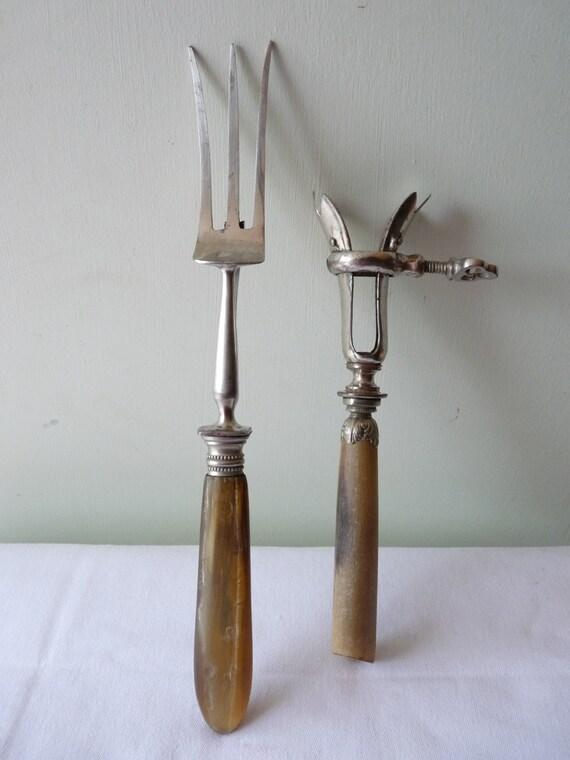Antique Ham Lamb Leg Bone Gigot D'Agneau Holder Carving Aid - Horn Handle Silver Plated