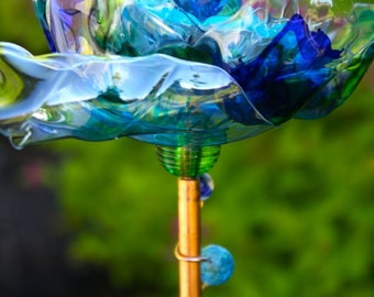 Popular items for glass flower stake on Etsy