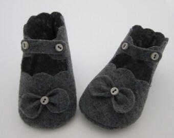 Grey Scalloped Shoe