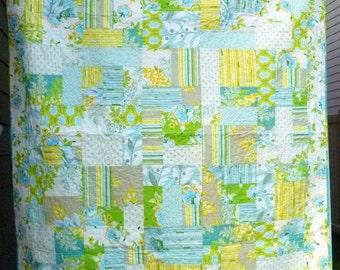 Yellow Brick Road Quilt Pattern - fat quarter friendly, beginner quilt pattern, paper pattern