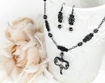 Parisian  Necklace