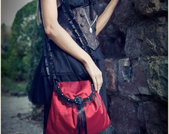"""Red Silk Black Lace Medieval Inspired Bag """"Cabaret"""" Moss Agate Beads"""