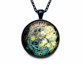 Steampunk clock pendant Steampunk watch necklace Old Clock Steampunk jewelry