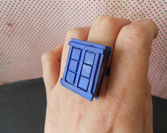 "Ring ""Book of spoilers"" (made only to order)"