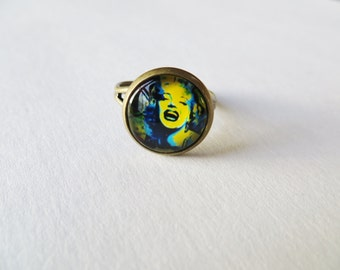 Marilyn Monroe Ring, Marilyn Monroe Jewelry, Glass dome Ring, Antique Brass Framed, Adjustable Rings