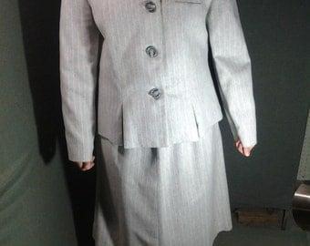 VINTAGE suit, 70's suit, GREY/WHITE Suit, Polyester Suit, Dress Suit, Large Suit, Sz 14