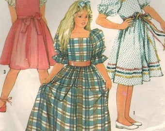 1980s Simplicity 7429 Vintage Sewing Pattern Girls' Pullover Dress, Pinafore Dress Size 10