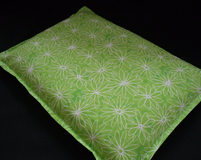 Corn Heating Pad, Microwave Corn Bag, Hot Cold Therapy Pack, Large Corn Bags, Bed Warmer, Relaxation Massage Gift- Lime Green Daisy