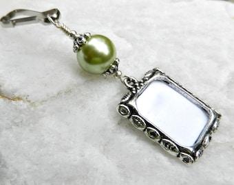Wedding bouquet photo charm. Green pearl photo charm. Wedding keepsake. Bridal bouquet charm. Gift for the bride. Bridal shower gift