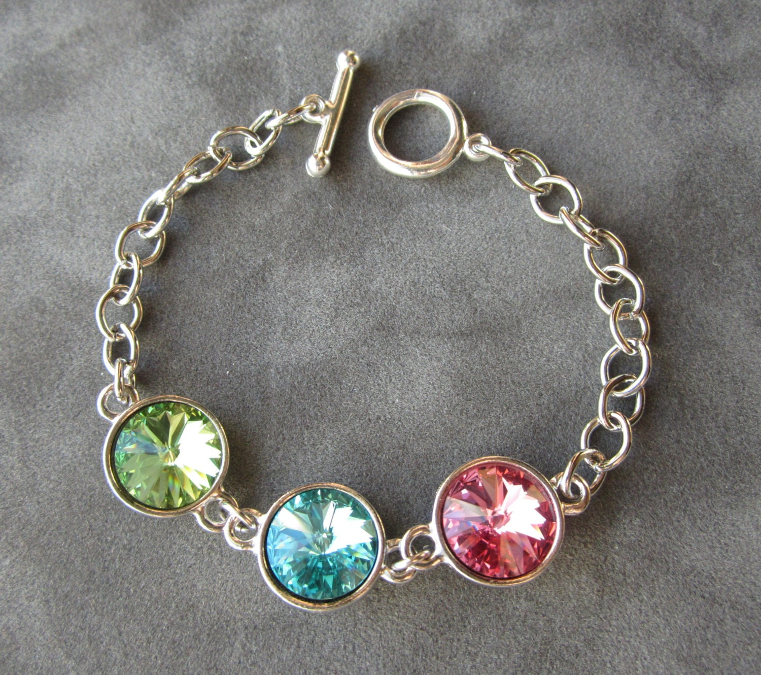Mothers Charm Bracelet: Grandmothers Birthstone Jewelry Mother's Bracelet